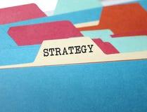 dossier de bureau avec le plan de stratégie Image stock