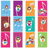 Enfants heureux de musique Photographie stock
