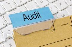Dossier marqué avec l'audit Photographie stock libre de droits