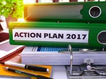 Dossier vert de bureau avec le plan d'action d'inscription 2017 3d Images stock