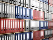 Dossiers colorés multi disposés à l'intérieur des étagères en bois illustration 3D illustration de vecteur