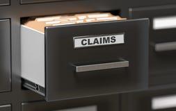 Dossiers et documents de réclamations dans le coffret dans le bureau 3D a rendu l'illustration Photo stock