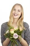Dostaje bukiet kwiatu fpr urodziny (róże) Obrazy Royalty Free
