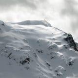 Dostaje gotowy dla ślad narciarskiej przejażdżki! Zdjęcia Royalty Free