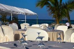 Dostawać przygotowywający dla plaży przyjęcia Fotografia Royalty Free