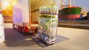 dostawa ciężarówką Ciężarowy logistyk budować dostawa ciężarówką Fotografia Stock