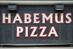 Dostawać pizza znak Fotografia Stock