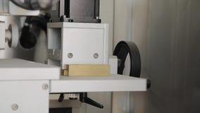Dostosowanie gałeczka na fabrycznej maszynie zbiory wideo