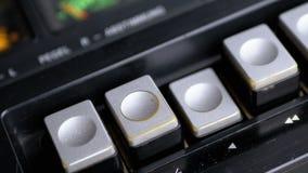 Dosunięcie sztuki guzik na rocznik taśmy pisaku Tranzystorowy retro radio zbiory wideo