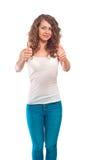 Dosyć kędzierzawa kobieta pokazuje aprobata gest Fotografia Royalty Free