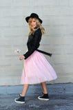 Dosyć modna dziewczyna zdjęcie royalty free