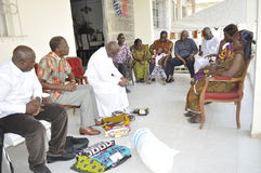 Dot, un élément clé dans le mariage traditionnel en Afrique Photographie stock