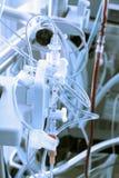 Dotación física médica que consiste en un conjunto de los tubos, válvulas, interruptores Foto de archivo libre de regalías