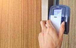 Dotyk karta drzwiowy dostęp fotografia stock