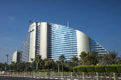 DOUBAI, de V.A.E - 05,2018 januari: Het Jumeirah-Strandhotel, in Jumei Royalty-vrije Stock Foto's