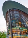 DOUBAI, DE V.A.E - 21 JUNI, 2017: De nieuwe moderne bouw van de Opera binnen Stock Afbeeldingen
