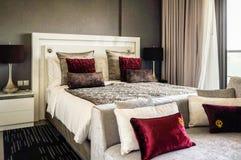 doubai In de zomer van 2016 Modern en helder binnenland in het hotel Wyndham Dubai Marina Royalty-vrije Stock Afbeelding