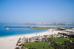 doubai In de zomer van 2016 Oase van het van de Royal Meridien het Kuuroordhotel het Strandtoevlucht van Le op het Perzische Golf stock afbeelding