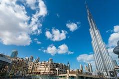 DOUBAI - NOVEMBER 22, 2015: De toren van Burjkhalifa Deze wolkenkrabber i Stock Fotografie