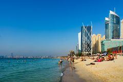 Doubai, Verenigde Arabische Emiraten - 8 Maart, 2018: JBR, Jumeirah-Strand royalty-vrije stock fotografie