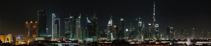 Doubai. Wereldhandelscentrum en Burj Khalifa bij nacht Royalty-vrije Stock Fotografie