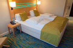 Double bed in hotel Royalty Free Stock Photography