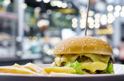 Double cheese burger Royalty Free Stock Photography