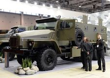 Double-croix-pays militaire du camion Ural-4320 avec une disposition 6x6 de roue Image libre de droits