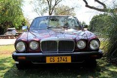 Double 1984 de Daimler six vues de face de la salle V12 de la série III Photographie stock