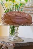 Double gâteau de couche fait maison de chocolat image stock