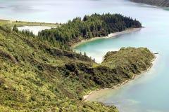 Double péninsule de lac du feu et de x28 ; Lagoa font Fogo& x29 ; plan rapproché Image stock