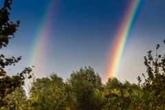 Free Double Rainbow On Countryside Royalty Free Stock Photos - 132337038