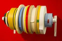 Double ruban adhésif de variété en rouleaux de différents types Images libres de droits