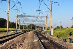 Double-track διαδρομές τραίνων Στοκ εικόνες με δικαίωμα ελεύθερης χρήσης