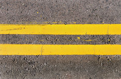 Free Double Yellow Lines Royalty Free Stock Images - 15030199
