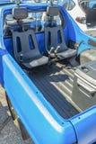 Doubles sièges derrière un camion pick-up pour l'usage tous terrains Photos stock