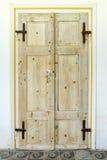 Doubles vieilles portes en bois Images libres de droits