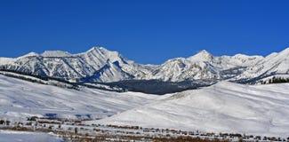 Doubletop在格洛斯旺特范围的山峰在中央落矶山在怀俄明 免版税图库摄影