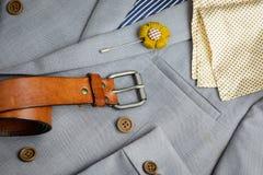 Doublez le costume breasted de bouton, texture grise de plaid Photos libres de droits