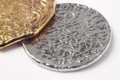 Doublons du 19ème siècle argentés d'or d'isolement sur le blanc Image stock