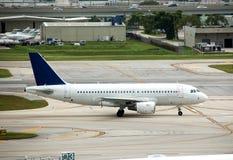 Doublure d'avion à réaction d'Airbus A-319 Photographie stock