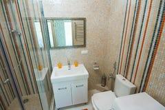 Douche de luxe de salle de bains photo libre de droits
