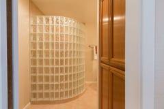 Douche de salle de bains Photographie stock