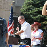 Doug Kagan, de Belastingbetalers van Nebraska voor Vrijheid, spreekt bij Verzameling om Onze Grenzen te beveiligen Royalty-vrije Stock Foto