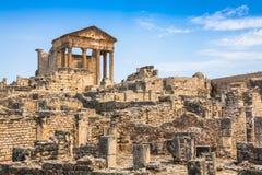 Dougga Roman Ruins: En Unesco-världsarv i Tunisien royaltyfri bild