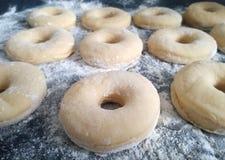 Doughnut ζύμη Στοκ εικόνα με δικαίωμα ελεύθερης χρήσης