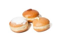 Doughnut με την κρέμα φουντουκιών, φραουλών και βανίλιας Στοκ εικόνες με δικαίωμα ελεύθερης χρήσης