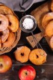 Doughnut της Apple Στοκ φωτογραφία με δικαίωμα ελεύθερης χρήσης