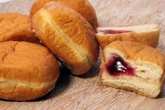 Doughnuts μαρμελάδας Στοκ φωτογραφία με δικαίωμα ελεύθερης χρήσης