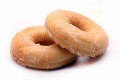 Ζευγάρι παγωμένα doughnuts Στοκ φωτογραφία με δικαίωμα ελεύθερης χρήσης